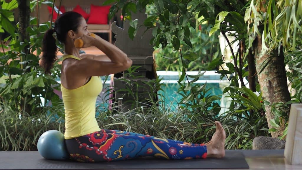 Elaine core strength exercises combating menopause weight gain.