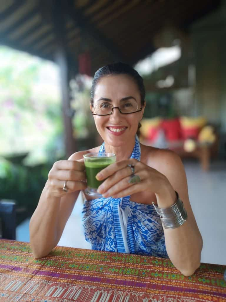 Immune System Booster – drinking green juice